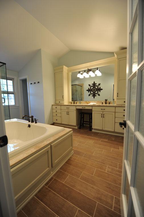 Bathroom remodeling Showroom, Cherry Hill NJ   Cabinet ...